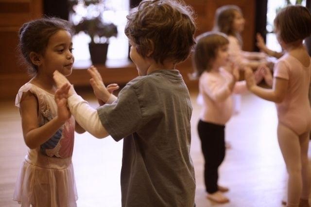 dance-class-640×426