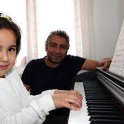 200 çocuğa ücretsiz müzik dersi 1