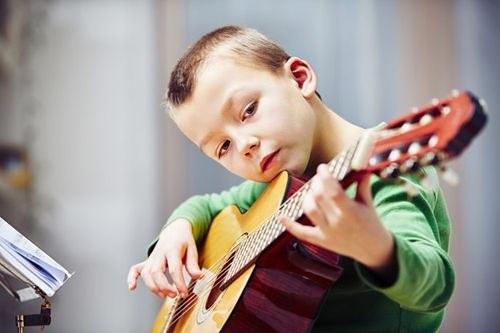 İnanılmaz Müzik Yapan Çocuklar 1