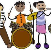 Müzik eğitimi çocukların sadece ince motor becerilerini geliştirmelerine yardımcı olmakla kalmıyor, duygusal ve davranışsal olarak olgunlaşmalarına da destek oluyor.
